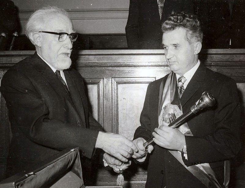 ceausescu-sceptru