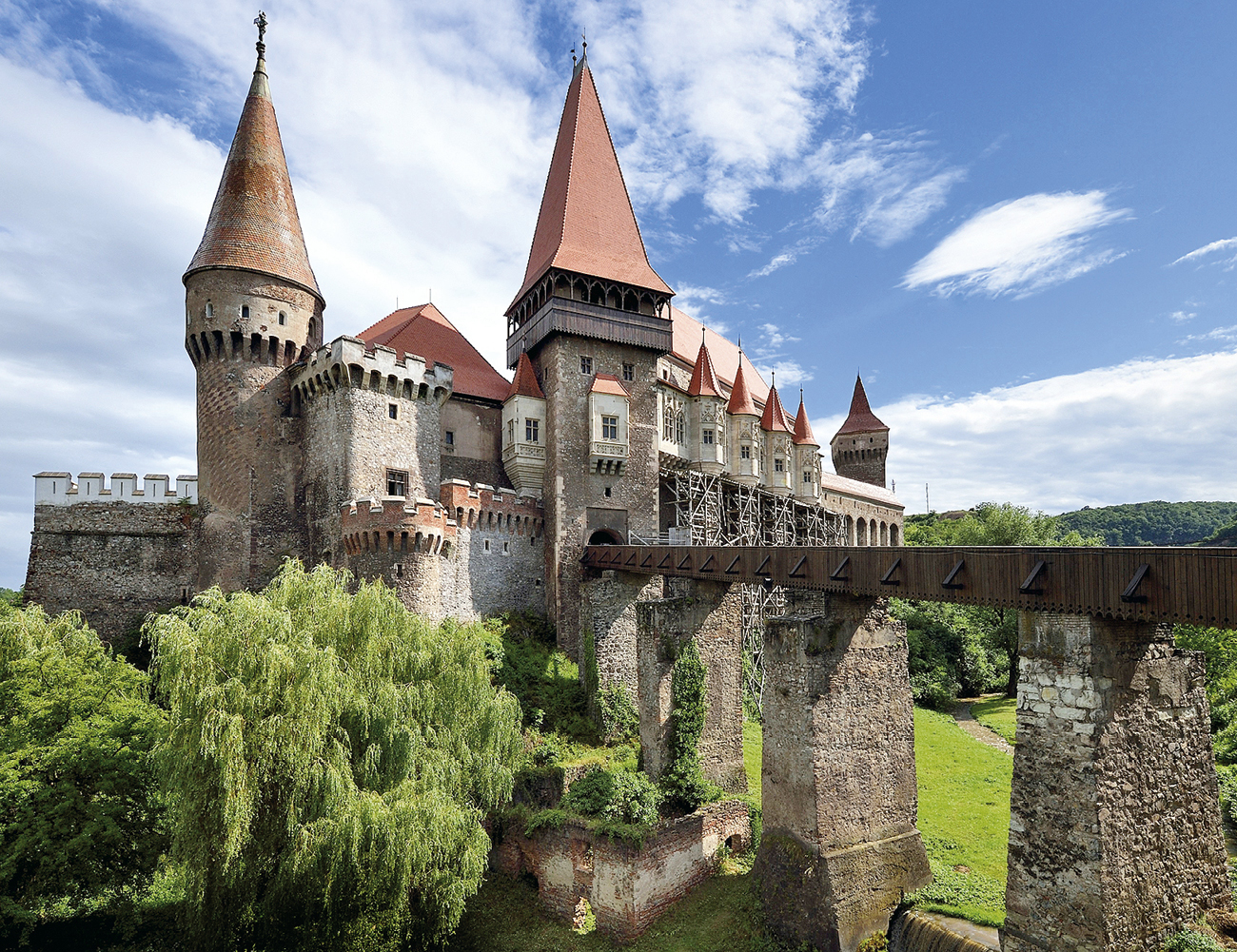 transilvania-the-sun-castelul-corvinilor