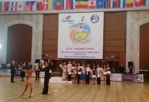 podium-junior-2-latin