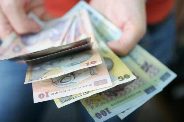 să facă bani pentru un pensionar