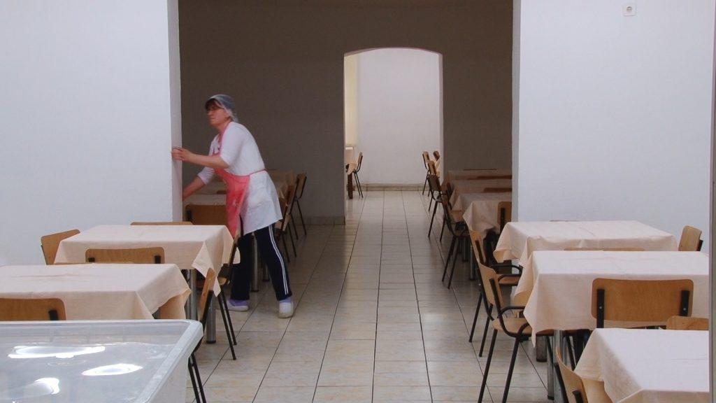 cantina-liceul-pedagocic-carmen-silva.Still020-1024x576