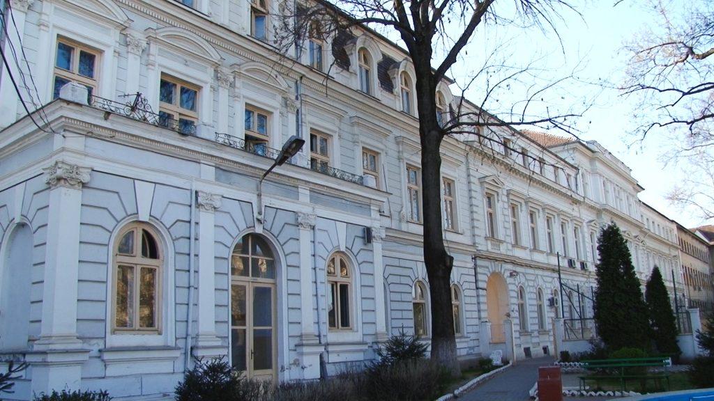 COLEGIU BĂNĂȚEAN--INTERVIU CU SORIN IONESCU DIRECTOR COLEGIU BANATEAN.Still043