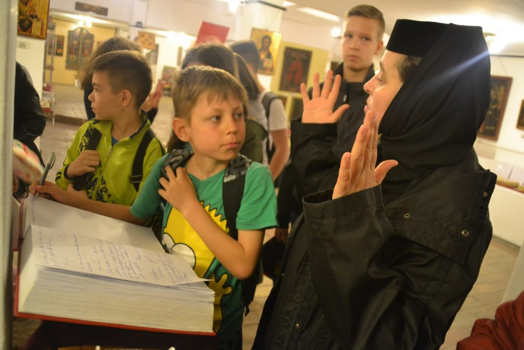 scoala altfel la muzeu catedrala (1)