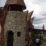 Castelul de lut 8