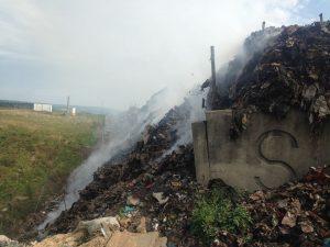 incendiu gunoi reșita