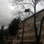 Acoperis luat de vant pe str sportului din Resita (3)