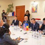 ES Hans Klemm, ambasadorul extraordinar și plenipotențial al SUA în România, Silviu Hurduzeu, președintele CJCS, Matei Lupu, prefect CS