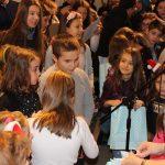 Tablouri de iarnă realizate de copii expuse la Biblioteca Județeană de la Bastion (1)
