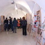Tablouri de iarnă realizate de copii expuse la Biblioteca Județeană de la Bastion (10)