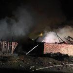 Incendiu de proporții la Reșița, vezi de la ce a pornit vâlvătaia (2)