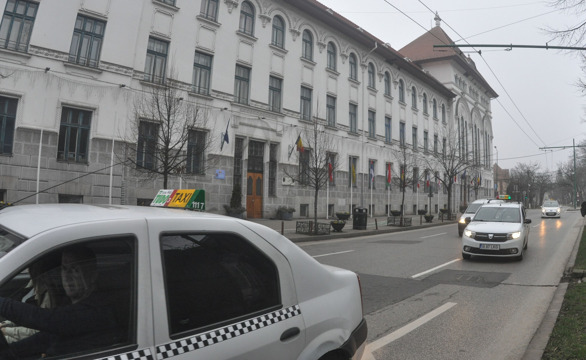 Protest Taximetristi: Taxi: şicane în Trafic, Atacuri Cu Ouă