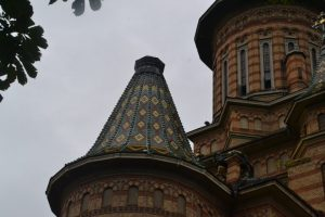 pagube-furtuna-catedrala-3-1024x683