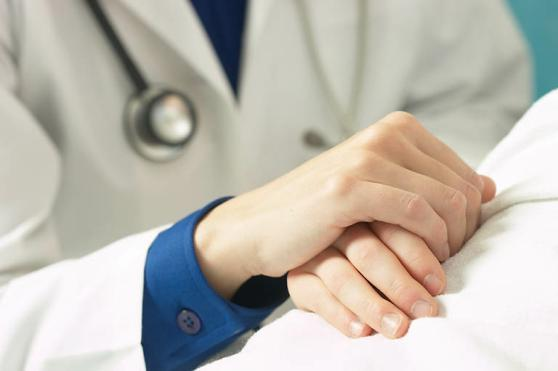 relatia-doctor-pacient.jpg